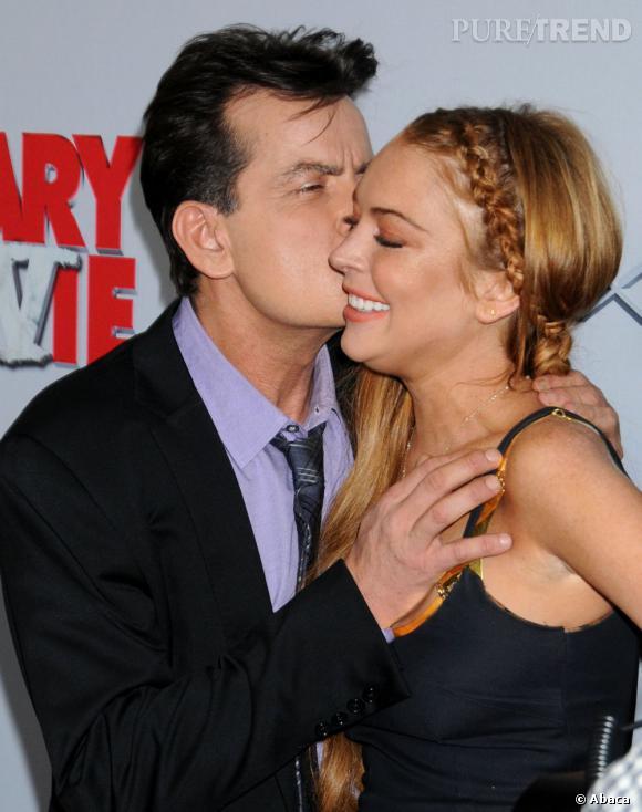 Les deux stars ont joué le jeu devant les paparazzis. En tout cas Charlie Sheen semble apprécier !