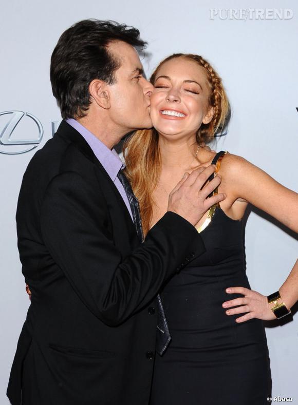 """Lindsay Lohan et Charlie Sheen, apparemment très complices à l'avant-première de """"Scary Movie 5"""" à Los Angeles."""