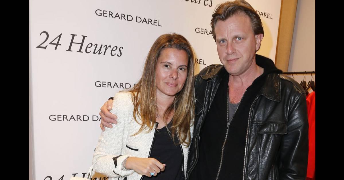 Populaire Anne Floderer et Claude Francois Junior chez Gerard Darel. BN23