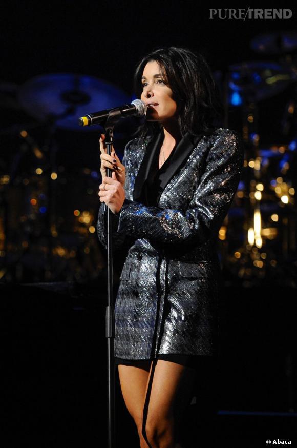 """En ce moment, Jenifer fait partie du jury de """"The Voice 2""""."""