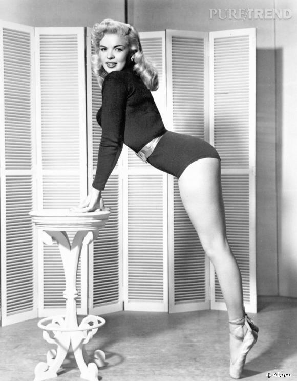 Idem pour Jayne Mansfield, aux courbes parfaites.