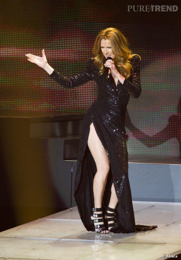 Céline Dion en tenue glamour pour un de ses concerts à Las Vegas.