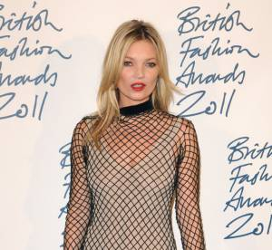 Kate Moss vs Miley Cyrus : la robe filet de peche sur tapis rouge