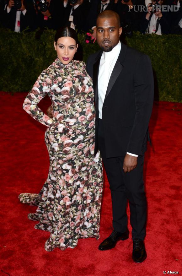 Kim Kardashian au Met Ball 2013 : des imprimés difficile à assumer pour une femme enceinte.