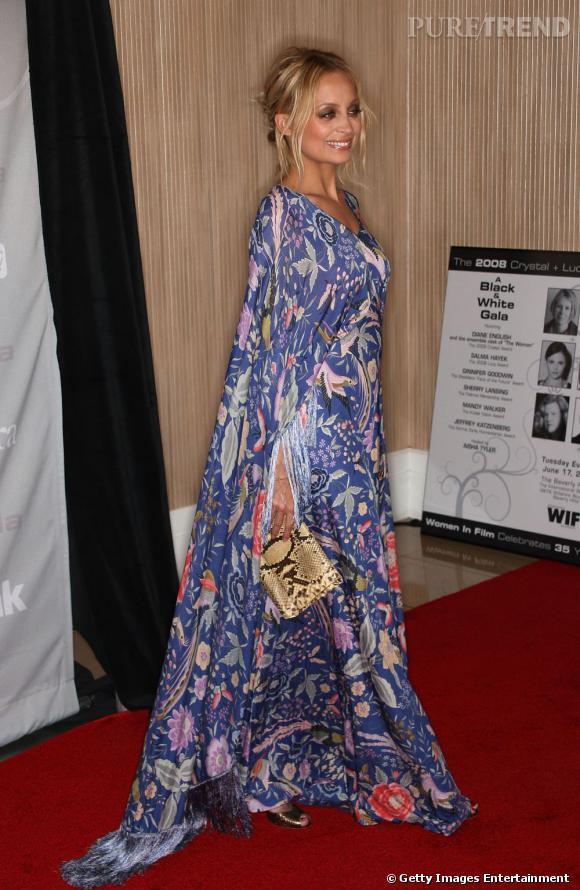 Nicole Richie, grande fan du style Missoni, ici en robe vintage.
