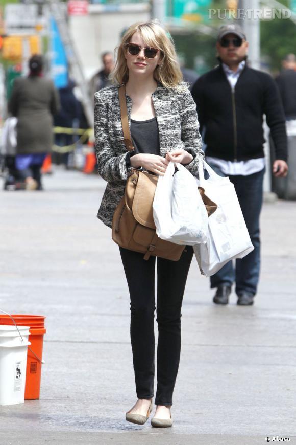 """Emma Stone est actuellement en plein tournage de """"The Amazing Spider-Man 2"""" et de """"Birdman""""."""