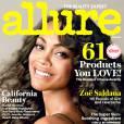 """Zoé Saldana pose topless dans le magazine Allure et révèle : """"Je pourrais finir avec une femme""""."""
