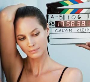 Christy Turlington fait son grand retour chez Calvin Klein