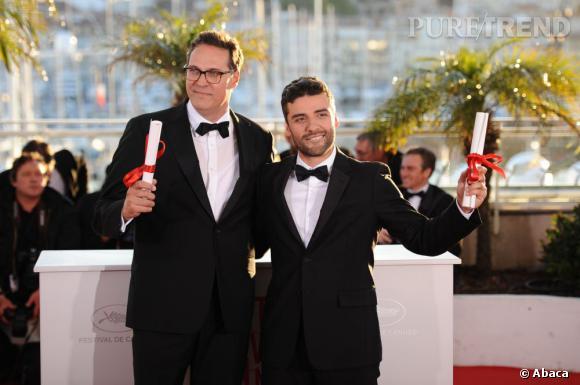 """Oscar Isaac est venu chercher le Grand Prix remporté par les Frères Coen pour """"Inside Llewyn Davis""""."""