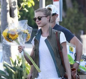 Emily VanCamp, adorable militaire... A shopper !