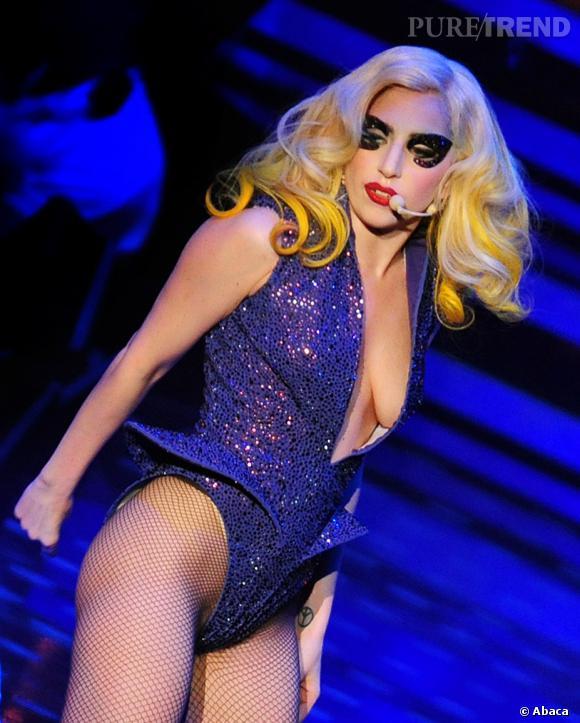 Lady Gaga : l'un de ses faux-ongles a été vendu 12 000 dollars sur Internet.