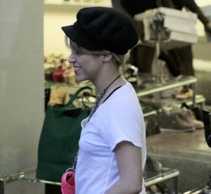 Shakira : operation camouflage pour la jeune maman... le flop mode