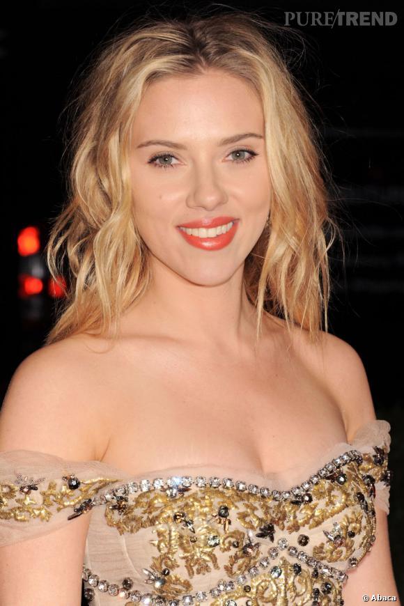 Les plus beaux blonds d'Hollywood : Scarlett Johansson ou le blond sexy.