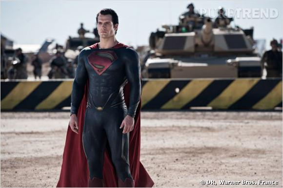 "Henri Cavill, le superman sexy de ""Man of Steel"", sortie le 19 juin 2013."
