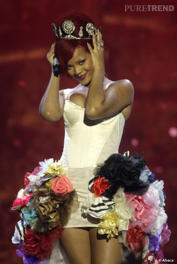 Rihanna devient la reine de Youtube avec plus de 3.784 milliards de vues sur son compte Vevo.