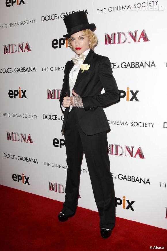 """Madonna présente le film de sa tournée """"MDNA : Tour"""" à New York."""