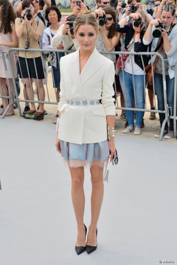 Olivia Palermo remporte tous les suffrages avec son total look Christian Dior.