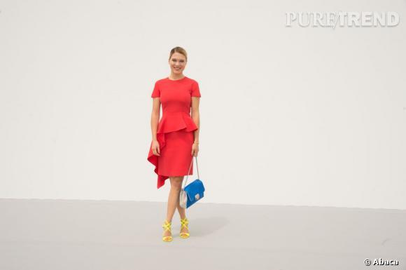 Léa Seydoux, lumineuse et très colorée pour le défilé Christian Dior Haute Couture Automne-Hiver 2013-2014.