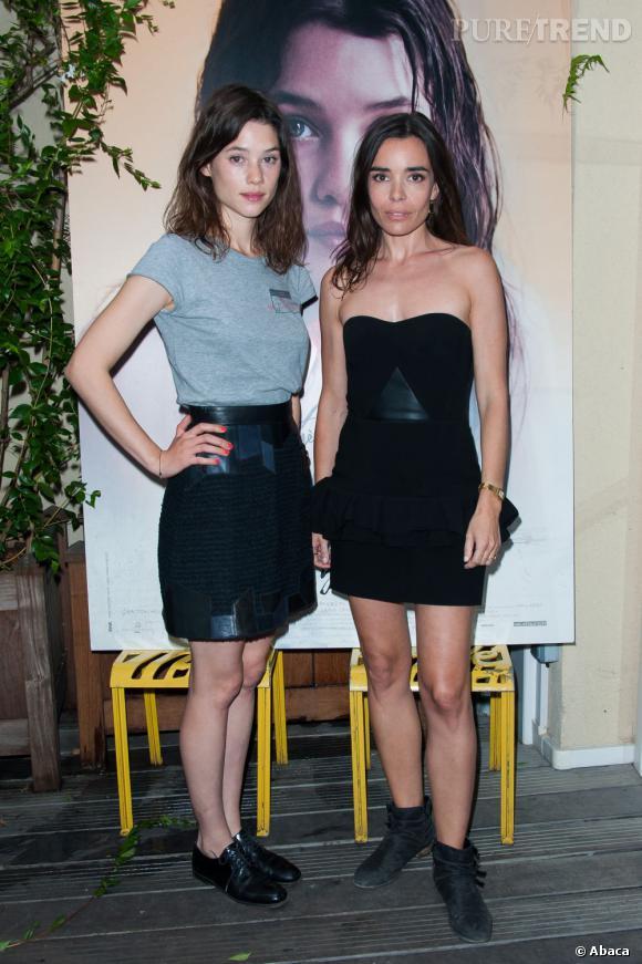 """Astrid Bergès-Frisbey et Elodie Bouchez montrent leurs jolies gambettes à l'avant-première de """"Juliette""""."""