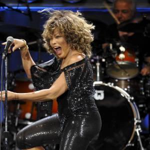 Tina Turner, 73 ans et toujours une pêche d'enfer sur scène.