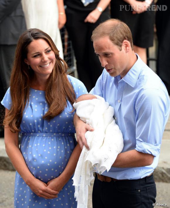 Tout le monde n'avait d'yeux que pour lui : le ventre rond post-accouchement de Kate Middleton.
