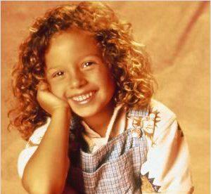 Mackenzie Rosman : de fille de pasteur a playmate Maxim, son evolution