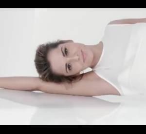 Cheryl Cole, sans maquillage dans la nouvelle pub L'Oréal Paris.