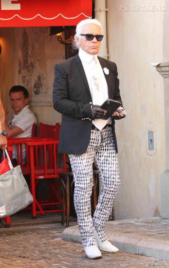 Interrogé par le magazine allemand Focus , Karl Lagerfeld est revenu sur le style  vestimentaire d\u0026
