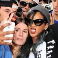 Rihanna cherche-t-elle à effrayer ses fans pour ne plus jamais se faire photographier ?