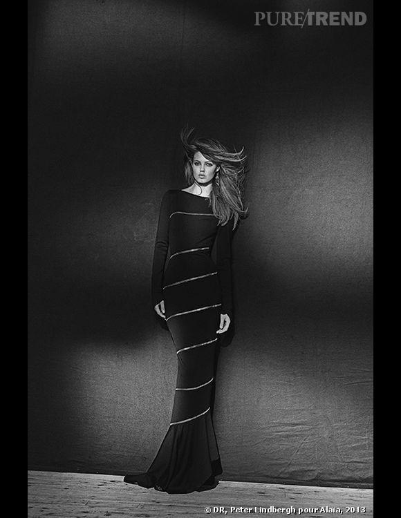 Alaïa, robe longue, couture P/E 2003 Jersey de laine, zip métallique argent enroulé autour de la robe Archives personnelles de Monsieur Alaïa