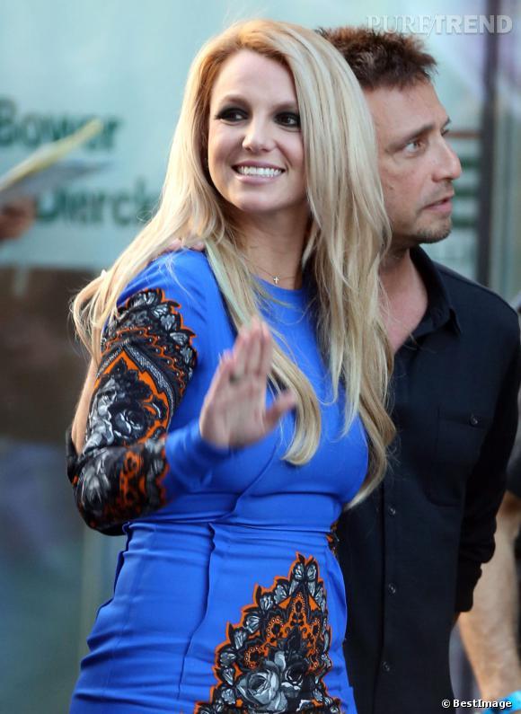 En 2012, Britney Spears devient juré d'X Factor. Un nouveau départ pour la chanteuse qui est rayonnante avec ses cheveux très glamour.
