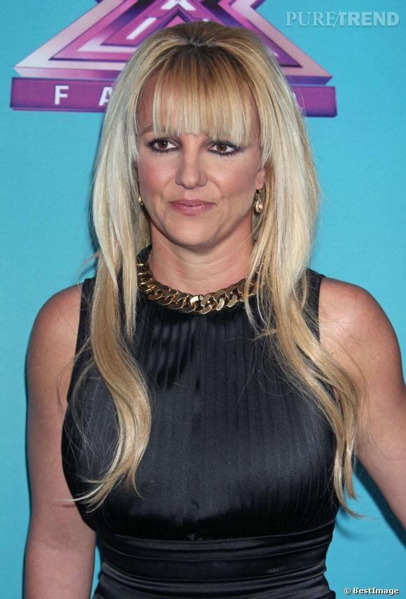 Fin 2012, Britney Spears se met en tête de se couper une frange. Elle aurait mieux fait de rester couchée le matin où elle a osé le faire.