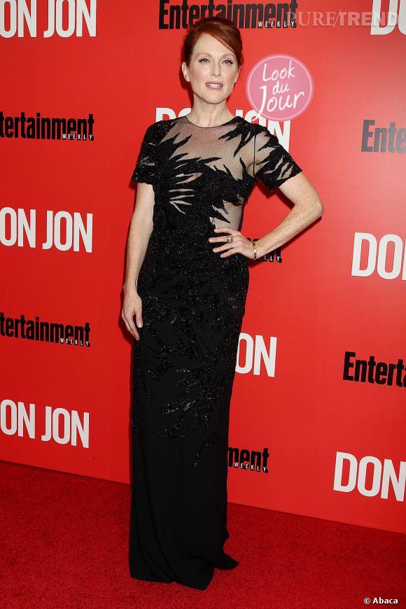 """Julianne Moore se rend à l'avant-première de """"Don Jon"""" à New York et mise sur une robe Jason Wu."""