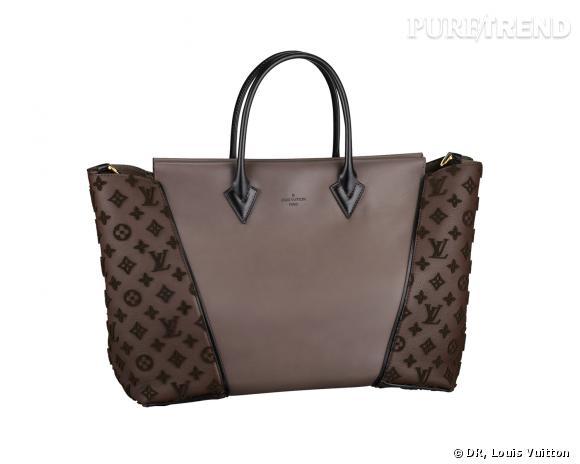 Reese Witherspoon ne quitte plus son nouvel it-bag : le W de Louis Vuitton