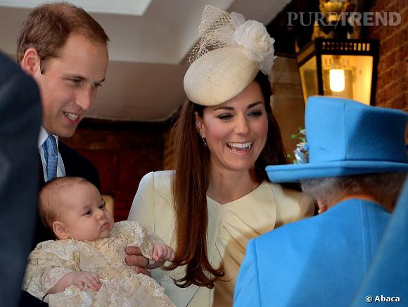 Prince George, un bébé qui semble très calme.