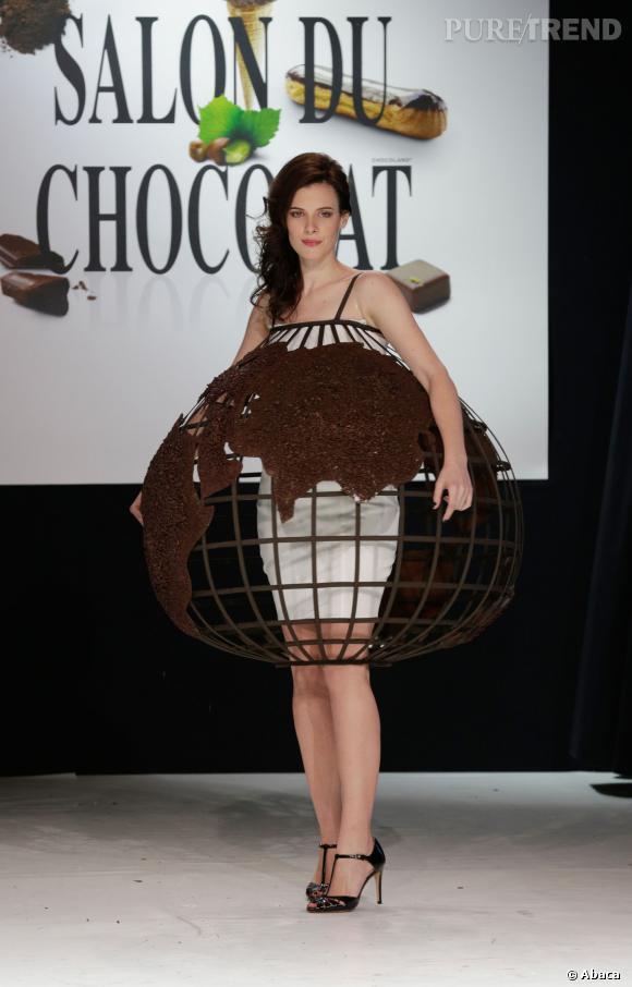 L'actrice Helena Soubeyrand au défilé du Salon du chocolat 2013.