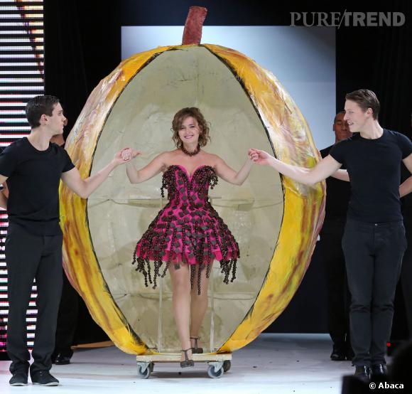 L'actrice Nathalie Vignes au défilé du Salon du chocolat 2013.