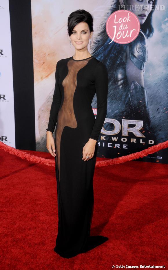 """Jaimie Alexander à la première de """"Thor : Le monde des ténèbres"""" à Los Angeles."""