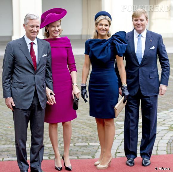 Mathilde de Belgique opte pour le fuchsia et Maxima des Pays-Bas pour le bleu navy.