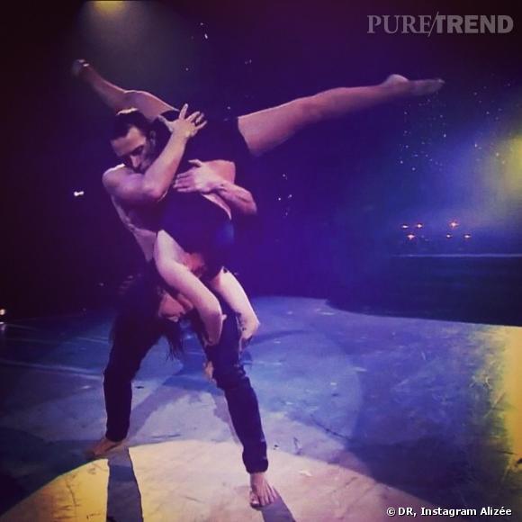 Alizée danse avec Grégoire... Une choré très intime !