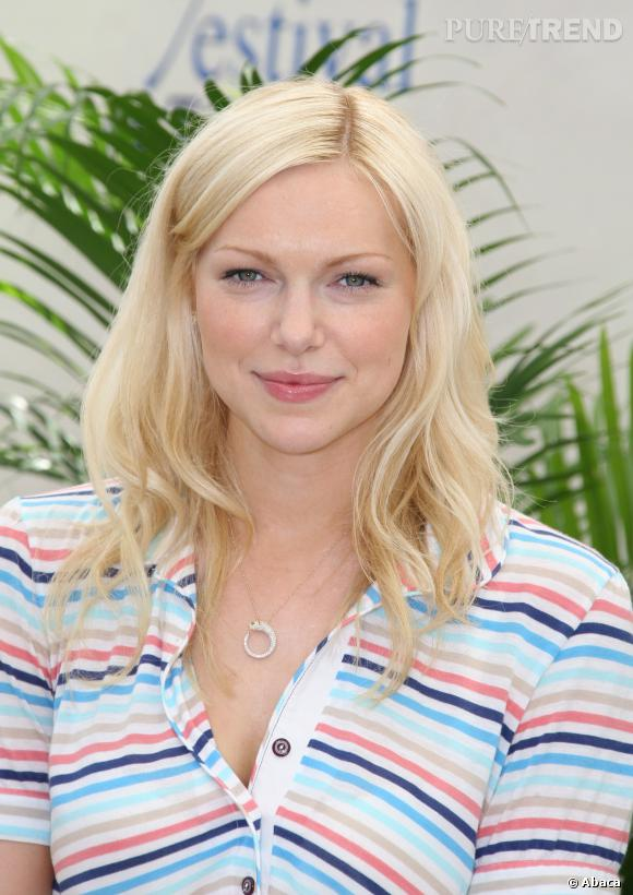 Laura Prepon, version blonde.