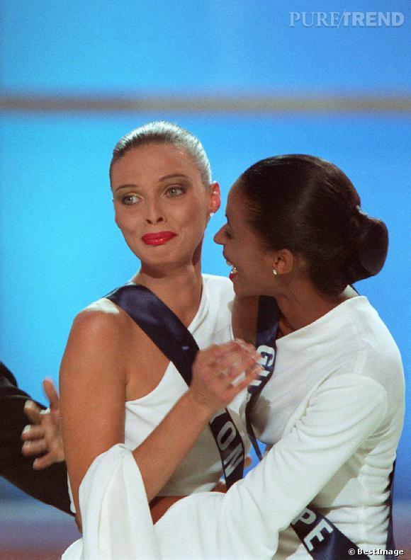 Sylvie Tellier, la Miss France qui pleure de façon contenue.