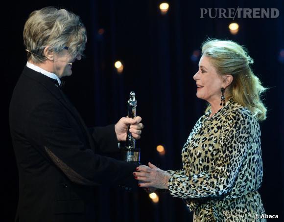 Catherine Deneuve honorée du trophée hommage pour sa carrière.