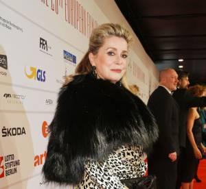 Catherine Deneuve : une surprenante tenue aux European Film Awards 2013 !