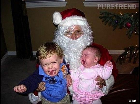 Les enfants qui pleurent avec le père noël : même les bébés ont peur.