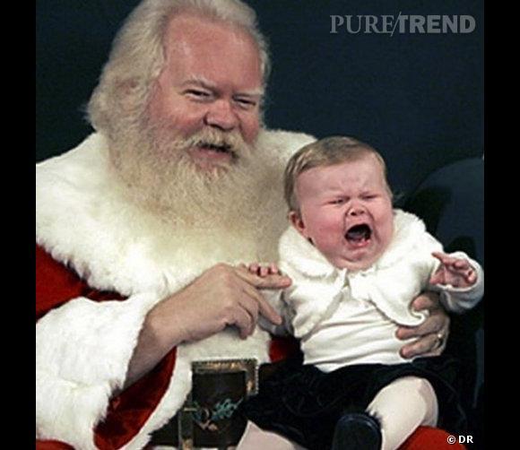 Les enfants qui pleurent avec le père noël : méchante crise.