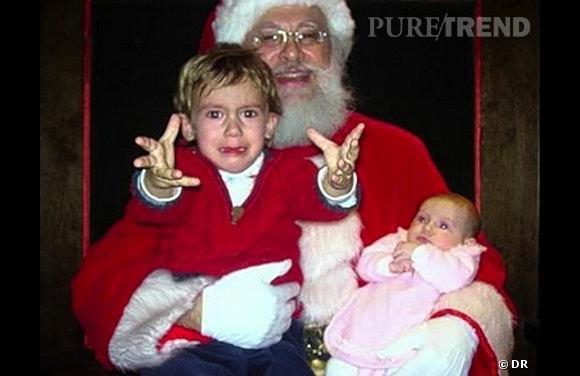"""Les enfants qui pleurent avec le père noël : """"MAMANNNN""""."""