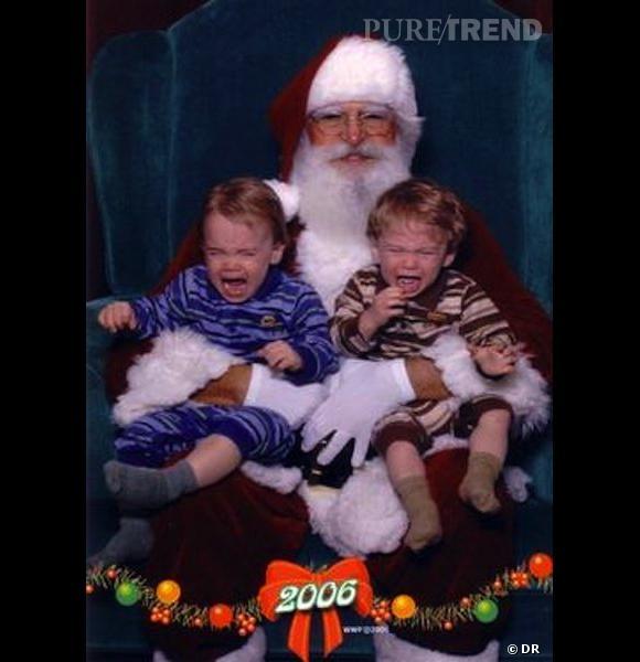 Les enfants qui pleurent avec le père noël : souvenir 2006.