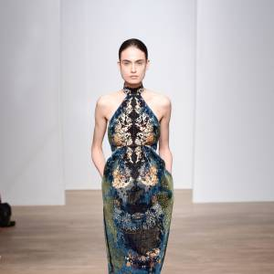 Défilé Yiqing Yin Haute Couture Automne-Hiver 2014.