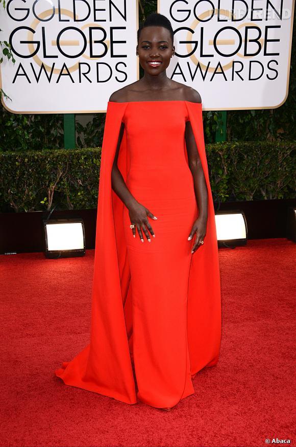 "Le top ""monochrome"" :  Lupita Nyong'o et son look qui claque signé Ralph Lauren."
